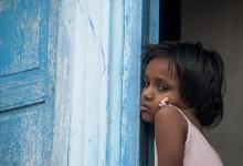 India - Jodhpur - meisje uit de blauwe stad